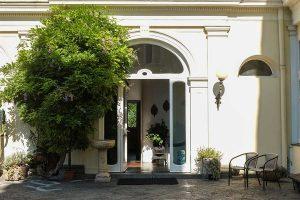Villa Ocsia Entry